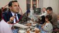 """Deniz Zeyrek o ayrıntıya dikkat çekti! """"Erdoğan'ın yer sofrasındaki iftarına"""" tepki!"""