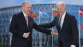 Erdoğan NATO Zirvesi'nde Biden ile görüştü!