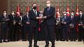 Erdoğan'ın dağıttığı ödüllere ilişkin itiraf gibi açıklama