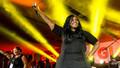 Şarkıcı Kelly Price corona virüse yenildi