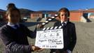 Haber kameramanları çocuklar için yeniden yollarda