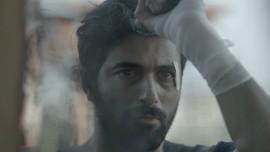 Engin Akyürek yeni filmi için saçını kesti!