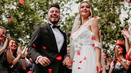 Enes Batur'dan evlilik açıklaması!