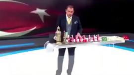 """Yeni Şafak yazarından Erkan Tan'a: """"Paçoz"""""""