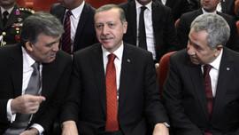 """""""Gül ve Arınç Erdoğan'a kumpas kurdu!"""""""