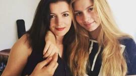 Aleyna Tilki annesiyle düet yaptı!