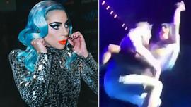 Lady Gaga sahneden düştü