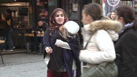 CNN Türk muhabiri dilenci kılığına girdi