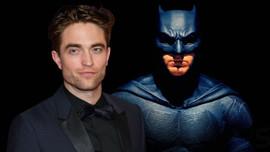 Pattinson'ın Batman kostümüyle ilk görüntüsü!