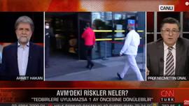 """Ünlü profesörün AVM isyanı! """"İstifa edelim!"""""""