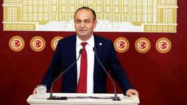 CHP'li Karabat'tan o pankartlara tepki