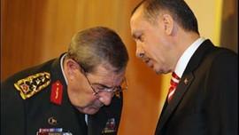 Büyükanıt bahane, asıl hedef Erdoğan mı?