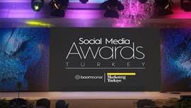 Sosyal Medya Ödülleri sahiplerini buluyor!