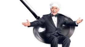 Şener Şen 'Zengin Mutfağı' ile sahnelere döndü!