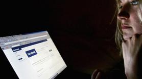 Facebook'tan hayatlarını paylaşanlara aylık maaş!
