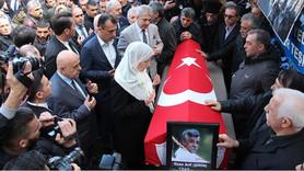 Ozan Arif'in cenaze haberi hangi iki gazetede yok?