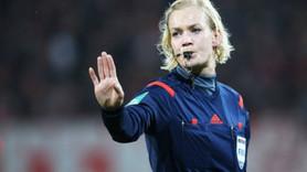 Maçı kadın hakem yönettiği için yayın iptal edildi