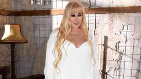 61 yaşındaki Zerrin Özer evleniyor!