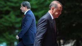 """""""Davutoğlu resmen Erdoğan'a rakip oldu"""""""