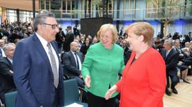 Merkel'den Aydın Doğan'a özel teşekkür