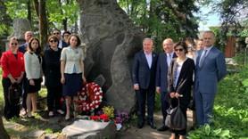 Nâzım Hikmet ölüm yıl dönümünde Moskova'da anıldı!