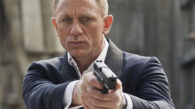 James Bond filminin setinde skandal olay!