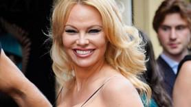 Pamela Anderson'dan 'Susamam' paylaşımı