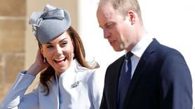 Kraliyet gelini başörtü taktı, camiye gitti!