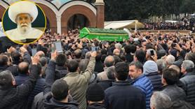 Sahte peygamber cenazesinde 'canlı yayın' izdihamı
