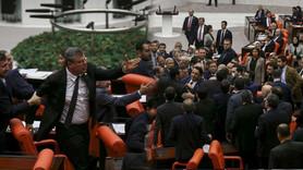 Meclis'te 'kendini mıncıklatan trol' kavgası