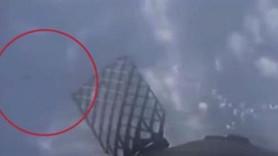 SpaceX canlı yayında UFO şoku! Bir anda belirdi...