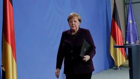 Merkel'in basın toplantısında dikkat çeken anlar
