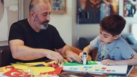 Cem Yılmaz 23 Nisan'a özel reklamda oğluyla oynadı