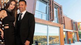 Mustafa Sandal 650 m2'lik villasını satıyor!