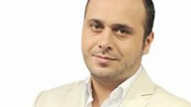 TARAF YAZARI İLE ÜNLÜ OYUNCUNUN TWİTTER'DA 'KIZ KAVGASI'