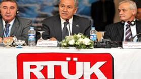 "BÜLENT ARINÇ ""RTÜK'ÜN YETKİSİ YOK"""