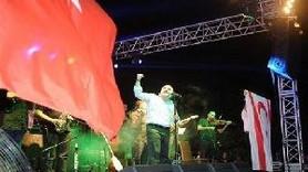 KUZEY'İN OĞLU RESTİ ÇEKTİ! 'ATATÜRK'Ü SEVMEYEN BENİMLE EL BİLE SIKIŞAMAZ'