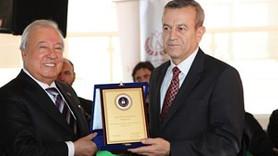 Kilis Vakfı'nda Yaşar Aktürk yeniden başkan!