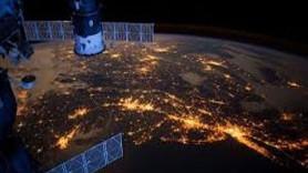 NASA televizyon kurdu uzaydan canlı yayın başladı