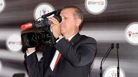 Başbakan kamerayı omuzladı, çekim yaptı!