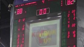 Derbide Fenerbahçelileri kızdıran çirkin skorboard!