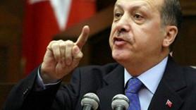 Erdoğan Memet Ali Alabora'yı topa tuttu: Sevsinler sizin gibi sanatçıyı!