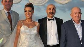 Yönetmen evlendi, oyuncular gelmedi!