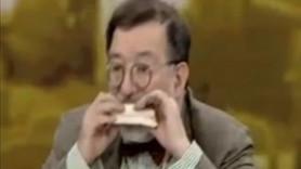 Murat Bardakçı seyirciye inat canlı yayında sandviç yedi!