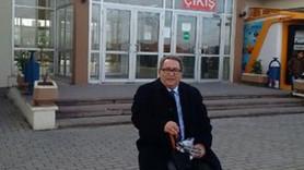 Duayen gazeteci Dündar ve Gül için Silivri'de nöbette!
