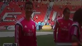 Ronaldo'ya forma karşılığı sevgilisini teklif etti