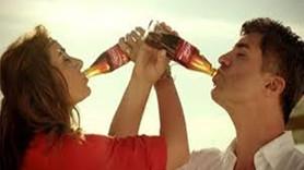 """Vahdet, 'Coca Cola' reklamına savaş açtı! """"Durdurun bu rezaleti"""""""