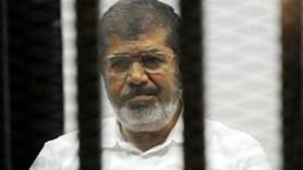 """Ünlü köşe yazarından Mursi'nin idam kararına alkış! """"Dileğim aynı akibeti.."""""""