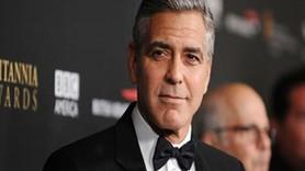 George Clooney o film için özür diledi!