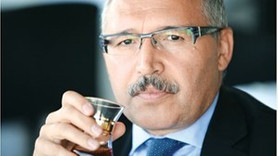 Abdülkadir Selvi'den Cem Küçük yorumu: Türkiye ve AK Parti bunu hak etmiyor!